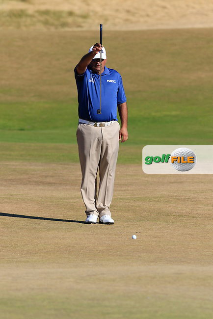 Angel Cabrera (ARG) lines up his putt on the 5th green during Friday's Round 2 of the 2015 U.S. Open 115th National Championship held at Chambers Bay, Seattle, Washington, USA. 6/20/2015.<br /> Picture: Golffile | Eoin Clarke<br /> <br /> <br /> <br /> <br /> All photo usage must carry mandatory copyright credit (&copy; Golffile | Eoin Clarke)