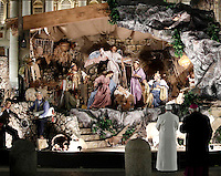 Papa Francesco rende omaggio al Presepe in Piazza San Pietro al termine dei Primi Vespri e Te Deum in ringraziamento per l'anno trascorso. Citta' del Vaticano, 31 dicembre 2016.<br /> Pope Francis visits the traditional Crib in St Peter's Square  after celebrating the new year's eve Vespers Te Deum at the Vatican, on December 31, 2016.<br /> UPDATE IMAGES PRESS/Isabella Bonotto<br /> <br /> STRICTLY ONLY FOR EDITORIAL USE