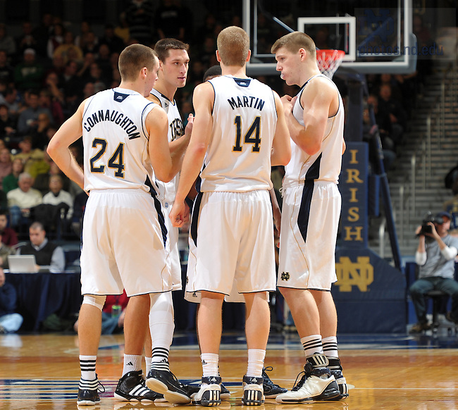 2011-12 Men's Basketball..Photo by Matt Cashore
