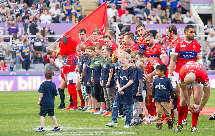 Picture by Allan McKenzie/SWpix.com - 30/05/2015 - Rugby League - First Utility Super League - Magic Weekend - Hull FC v Hull KR - St. James's Park, Newcastle, England - Hull KR line up with their mascots.