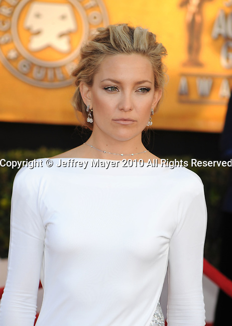 LOS ANGELES, CA. - January 23: Kate Hudson arrives at the 16th Annual Screen Actors Guild Awards held at The Shrine Auditorium on January 23, 2010 in Los Angeles, California.