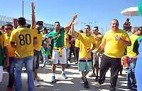 SAO PAULO - BRASIL -12-06-2014. Seguidores seleccion de futbol de Brasil viven una fiesta previo al partido inaugural frente a Croacia en el estadio Arena de Sao Paulo de la Copa Mundial de la FIFA Brasil 2014./ Fans of Brazil National Soccer Team live a party, today 12 of June 2014, prior their inaugural match against Croatia at Arena Corinthians stadium the next Thursday 12 of June in the 2014 FIFA World Cup Brazil. Photo: VizzorImage / Alfredo Gutierrez / Contribuidor