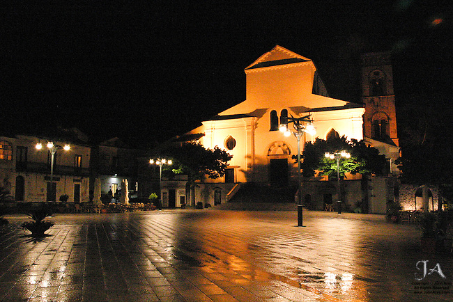 Piazza in Ravello, Vescovado's square, on a wet evening
