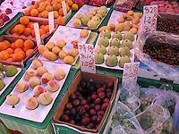 Hong Kong fruit stand