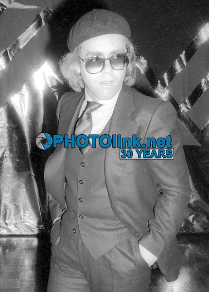 Elton John 1977<br /> Photo By Adam Scull/PHOTOlink.net