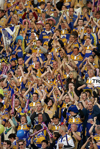 15 October 2005: Leeds Rhinos fans in the crowd before the engage Super League Grand Final between Leeds Rhinos and Bradford Bulls. Bradford won the game 15-6 played at OldTrafford, Manchester Photo: Neil Tingle/Actionplus....051015 supporter