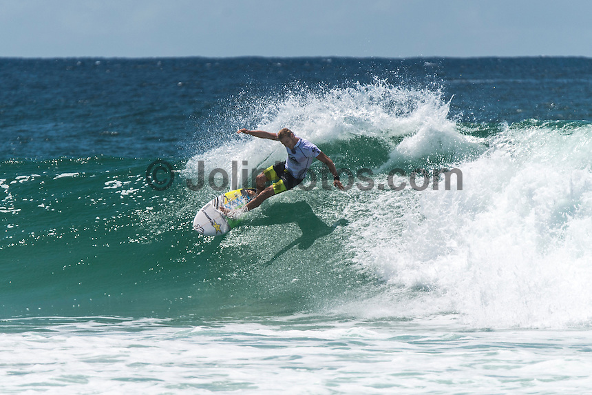 COOLANGATTA, Queensland/Australia (Saturday, February 28, 2015) Bede Durbidge (AUS). - The world's best surfers began competition  on Australia's Gold Coast today in the opening stop of the 2015 World Surf League (WSL)  Championship Tour (CT) season, the Quiksilver and Roxy Pro Gold Coast. The event got underway today at 8 a.m. local time with Men's Round 1 followed by Women's Round 1.<br /> <br /> Reigning WSL Champions and defending event winners Gabriel Medina (BRA) and Stephanie Gilmore (AUS) both competed in Round 1 today. Medina will face rookie compatriot Wiggolly Dantas (BRA) and event wildcard Dane Reynolds (USA), in Men's Round 1 Heat 6, while Gilmore faces a returned-to-form Silvana Lima (BRA) and Bronte Macaulay (AUS), (winner of the Trials) in Women's Round 1 Heat 3. Medina was successful in his heat with Gilmore lost to Lima and will surf in Round 2.<br /> -  Photo: joliphotos.com