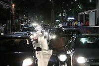 RECIFE, PE, 01.04.2019: PROTESTO-RECIFE - Taxistas fecham avenida Agamenon Magalhães na região central e principal via de ligação Recife/Olinda em protesto aos aplicativos de transporte alternativo nesta segunda (01). (Foto: Rafael Vieira/Código19)