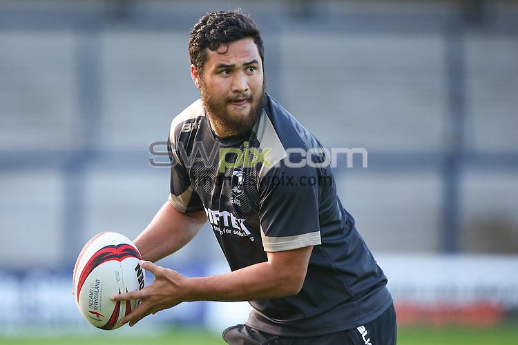 Picture by Alex Whitehead/SWpix.com - 22/10/2015 - Rugby League - New Zealand Kiwis Captain's Run - Headingley Stadium, Leeds, England - New Zealand's Peta Hiku.