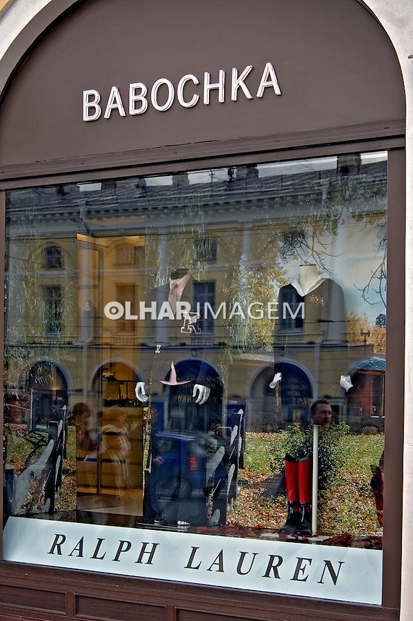 Vitrine de loja Ralph Lauren em São Petersburgo. Russia. 2008. Foto de Cris Berger.