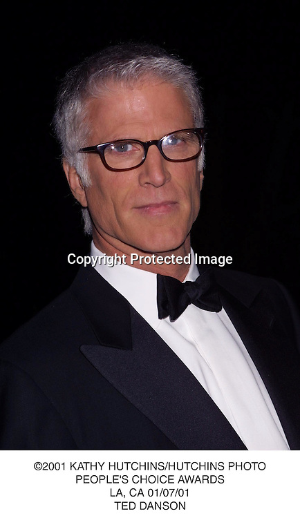 ©2001 KATHY HUTCHINS/HUTCHINS PHOTO.PEOPLE'S CHOICE AWARDS.LA, CA 01/07/01.TED DANSON