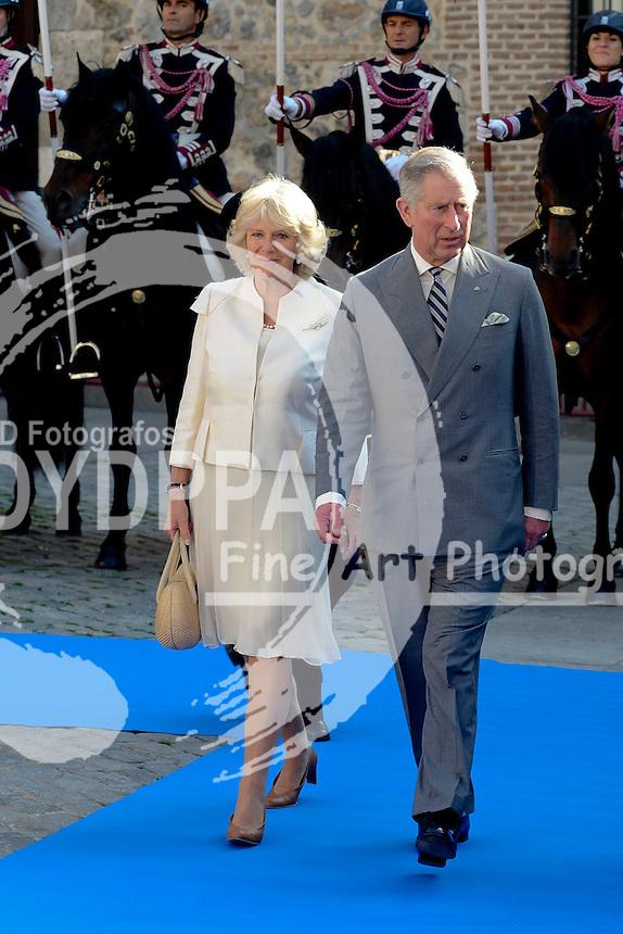 31/03/2011. Madrid.Spain. Britain's Prince Charles and Camilla, HRH The Duchess of Cornwall .<br /> Charles and Camilla were greeted at town Hall by Madrid Mayor Alberto Ruiz Gallardon. (c) Drake/ D y D Fotografos/ Solarpix