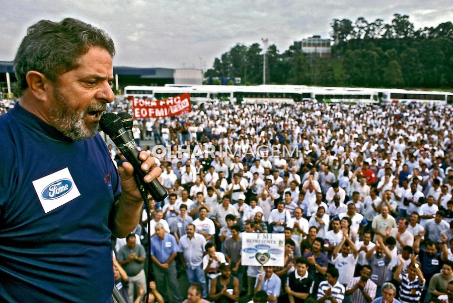 Luis Inácio Lula da Silva em assembleia de metalurgicos. São Bernardo. São Paulo. 1999. Foto de Ricardo Azoury.