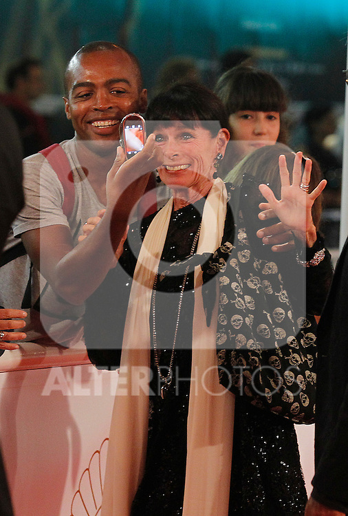French actress Geraldine Chaplin with the fans during the 59th San Sebastian Donostia International Film Festival - Zinemaldia.September 23,2011.(ALTERPHOTOS/ALFAQUI/Acero)