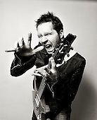 Dec 21, 2010: PAUL GILBERT - Photosession in Paris France