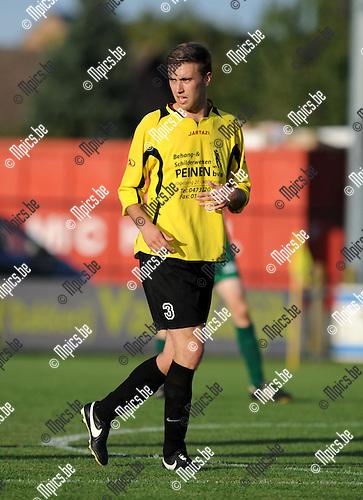 2013-08-31 / Voetbal / seizoen 2013-2014 / Minderhout - Kasterlee / Jesse Wampers<br /><br />Foto: Mpics.be