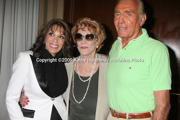 Kate Linder, Jeanne Cooper & Jerry Douglas  at The Young & the Restless Fan Club Dinner  at the Sheraton Universal Hotel in  Los Angeles, CA on August 28, 2009.©2009 Kathy Hutchins / Hutchins Photo.