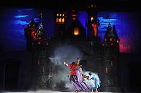 SAO PAULO, SP, 14 DE JUNHO 2012 - DISNEY ON ICE – 100 ANOS DE MAGIA/ SAO PAULO - Passagem de cena do espetaculo Disney On ICe. Em comemoracao aos 100 anos de Disney On Ice, no ginasio do Ibirapuera na noite desta quinta-feira. (FOTO: THAIS RIBEIRO / BRAZIL PHOTO PRESS).