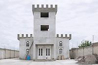 A castle house in San Pedro Techuchulco, Architecture on the way to Malinalco in the Estado de Mexico, Mexico