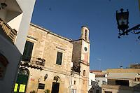 - church in the historical downtown....- città vecchia, chiesa nel centro storico....