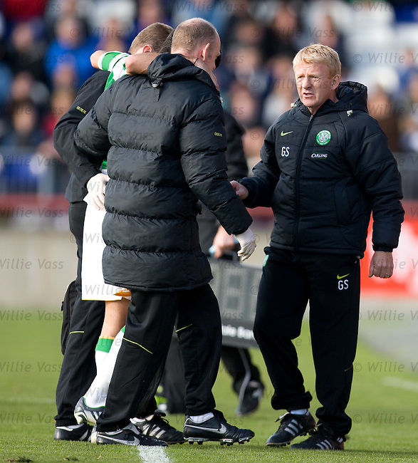 Concern for Gordon Strachan as Marc Crosas goes off injured
