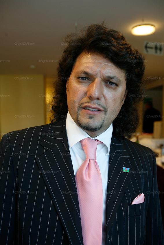 Santino Spinelli, Italian Roma diplomat, professor and composer, Les Roms European Summit Bruxelles.Nigel Dickinson..0612133170..nigeldickinson@mac.com
