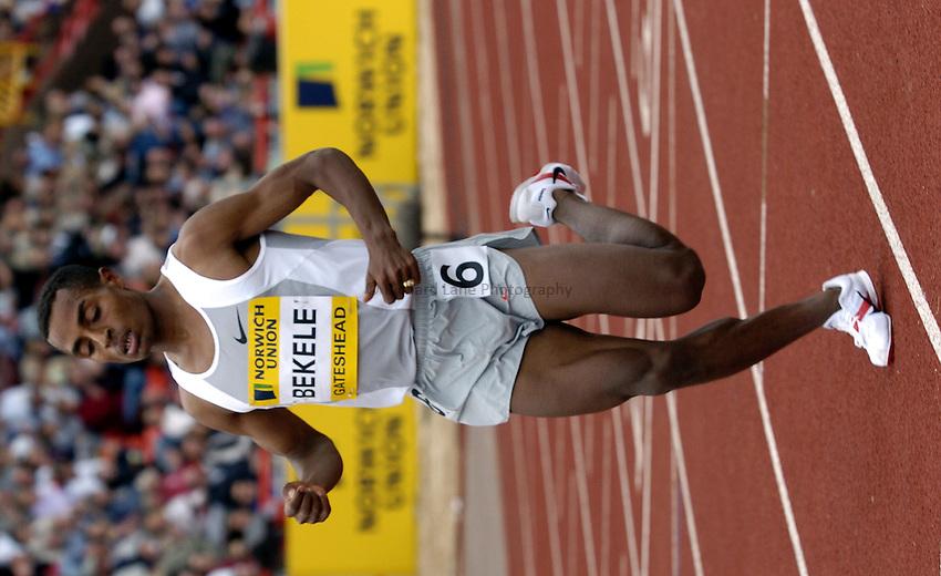 Photo. Richard Lane..Norwich Union British Grand Prix at Gateshead International. 27/06/2004..Kenenisa Bekele competes in the mens 3000m.