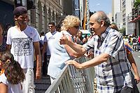CURITIBA, PR, 09.02.2014 –  CARNAVAL 2014 / FOLIA EM CURITIBA - Acontece na tarde desse domingo (09), na rua Marechal Deodoro, centro de Curitiba, o tradicional desfile de bloco Garibaldis e Sacis, abrem os desfiles de pré-carnaval 2014. Serão cinco domingos com desfiles do bloco no Centro de Curitiba. Primeiro fim de semana tem tema livre para fantasias. Pela primeira vez, o grupo deixa de reunir os foliões no Largo da Ordem e passa a percorrer um trecho da Rua Marechal Deodoro. Na foto Prefeito de Curitiba Gustavo Fruet. (Foto: Paulo Lisboa / Brazil Photo Press)