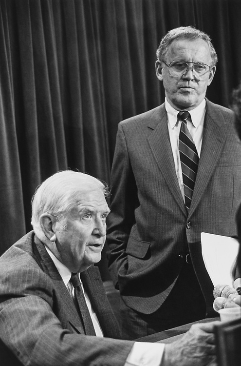 Sen. Terry Sanford, D-N.C., and Sen. Warren Rudman, R-N.H., discussing the Damato case ethic reporters after a press conference on Aug. 2, 1991. (Photo by Maureen Keating/CQ Roll Call)