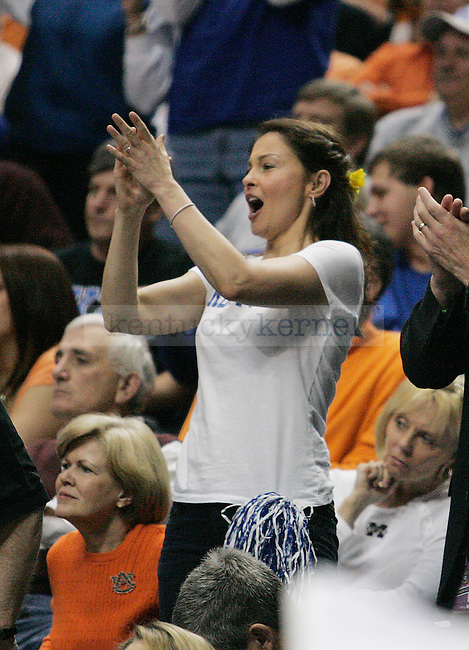 Ashley Judd cheers for the CATS in the second half of UK's 74-45 win over Tennessee at Bridgestone Arena in Nashville, TN during the SEC Semifinals on Saturday, March 13, 2010. Photo by Britney McIntosh | Staff