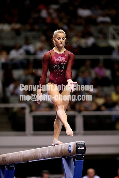 Photo by John Cheng - VISA Championships 2007 in San Jose, CA.Alicia Sacramone
