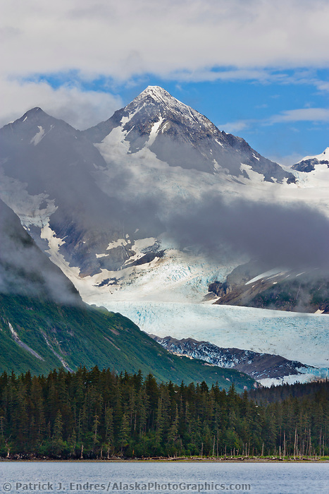 Billings Glacier, Passage Canal, Chugach National Forest, Chugach mountains, Prince William Sound, Alaska.
