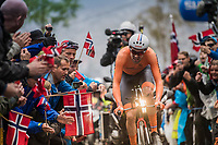 Tom Dumoulin (NED/Sunweb) cheered up Mont Fløyen on his way to the rainbow jersey<br /> <br /> Men Elite Individual Time Trial<br /> <br /> UCI 2017 Road World Championships - Bergen/Norway