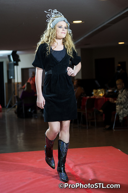I Am Exquisite Red Carpet Fashion Show presented by AllN1 ENT at The Machinist Hall in St. Louis, MO on Oct 26, 2014.