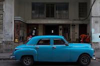 oldtimer, american car in Havana, Cuba