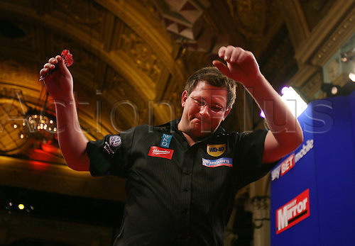 23.07.2011 World Match Play Darts from the Winter Gardens in Blackpool. James Wade thanks the crowd after his victory against Adrian Lewis in the semi finals.