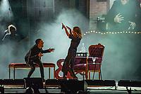 """SÃO PAULO, SP, 18.12.2018 - SHOW-SP - Maria Gadú faz participação no show de Sandy, """"Nós Vóz Eles"""",  no Credicard Hall em São Paulo, nesta terça-feira, 18 (Foto: Bruna Grassi/Brazil Photo Press)"""