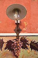 Europe/France/2B/Haute Corse/Balagne/L'île Rousse: Détail décoration terrasse d'un bar à vins