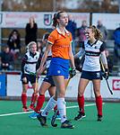 HUIZEN - Hockey - teleurstelling bij Lisa Lejeune (Bldaal)  na de wedstrijd.   Hoofdklasse hockey competitie, Huizen-Bloemendaal (2-1) . COPYRIGHT KOEN SUYK
