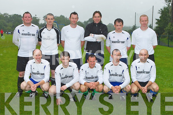 The Beaufort team that played in the Killarney Athletic 7 a side Over 35 final in Woodlawn on Wednesday evening front row l-r: Jimmy Kennedy, Eanna O'Mahony, Anto Cronin, John A O'Sullivan, Michael Kissane. Back row: Donal O'Sullivan, Jimmy Smith, Eoin Savage, Austin Looney, Michael Kelleher and Maurice O'Shea ..