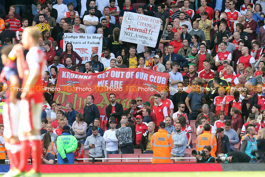 Arsenal fans show their feelings with banners during Arsenal vs Everton, Premier League Football at the Emirates Stadium on 21st May 2017