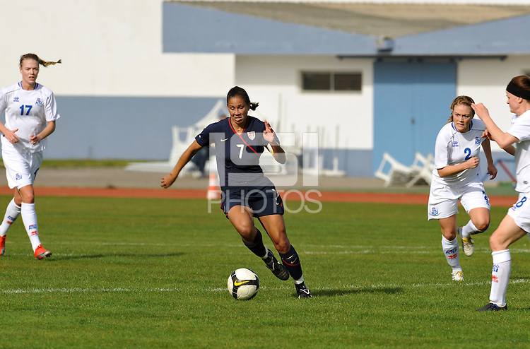 Shannon Boxx charges through the midfield. The USWNT defeated Iceland (2-0) at Vila Real Sto. Antonio in their opener of the 2010 Algarve Cup on February 24, 2010.