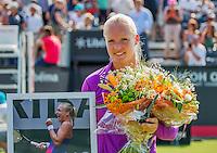 Den Bosch, Netherlands, 07 June, 2016, Tennis, Ricoh Open, Kiki Bertens (NED) is honoured on centercourt for her achievement at Roland Garros, <br /> Photo: Henk Koster/tennisimages.com