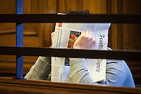 Berlin, Der Angeklagte Melih Y., sitzt am Montag (13.05.13) in Landgericht in Berlin vor dem Prozessbeginn im Fall Jonny K. gegen sechs Männer im Alter zwischen 19 und 24 Jahren. Foto: Maja Hitij/CommonLens