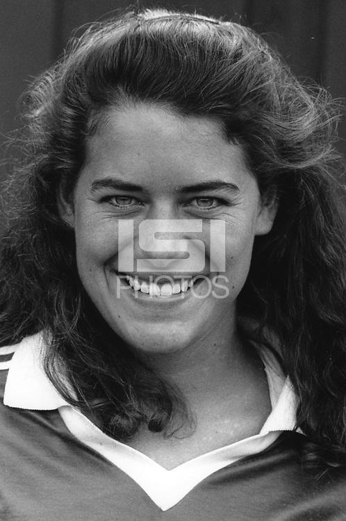 1991: Elizabeth Joneschild.