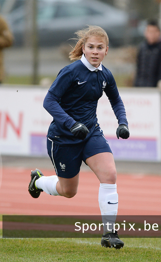 20160319 - FLERS , FRANCE : French Charlotte Rebours pictured during the soccer match between the women under 17 teams of  France and the Czech Republic , on the first matchday in group 3 of the UEFA Women Under17 Elite rounds at Stade du Haze in Flers , France . Saturday 19th March 2016 . PHOTO DAVID CATRY