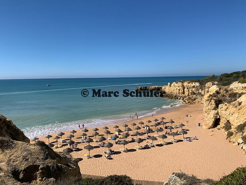 Strand bei Albufeira - 25.09.2019: Zoomarine Park, Guia, Albufeira an der Algarve