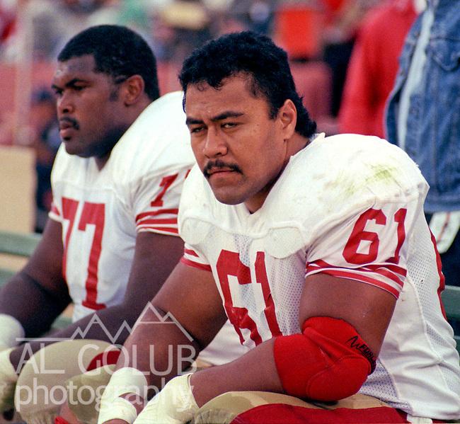 San Francisco 49ers vs Denver Broncos at Candlestick Park Sunday, August 1 9, 1989..Preseason Game.49er tackle Bubba Paris (77) and center Jesse Sapolu (61)..