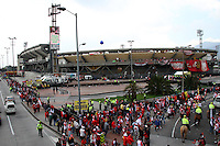 BOGOTA -COLOMBIA, 21-DICIEMBRE-2014. Estadio Nemesio Camacho El Campin horas antes del partido por la final Liga Postobon 2014 entre el Independiente Santa Fe   y el Independiente Medellin  final vuelta de la Liga Postobon 2014-II del futbol colombiano primera division  jugado en el estadio Nemesio Camacho El Campin de Bogota . /  Estadio Nemesio Camacho El Campin hours before the game by the end Liga Postobon 2014 between Independiente Santa Fe and Independiente Medellin around the end of 2014-II Liga Postobon Colombian Primera Division football played at the stadium Nemesio Camacho El Campin in Bogota. Photo / VizzorImage / Felipe Caicedo  / Staff