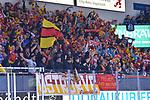 Die Düsseldorfer Fans jubeln nach dem 0:1 beim Spiel in der DEL, ERC Ingolstadt (dunkel) - Duesseldorfer EG (hell).<br /> <br /> Foto © PIX-Sportfotos *** Foto ist honorarpflichtig! *** Auf Anfrage in hoeherer Qualitaet/Aufloesung. Belegexemplar erbeten. Veroeffentlichung ausschliesslich fuer journalistisch-publizistische Zwecke. For editorial use only.